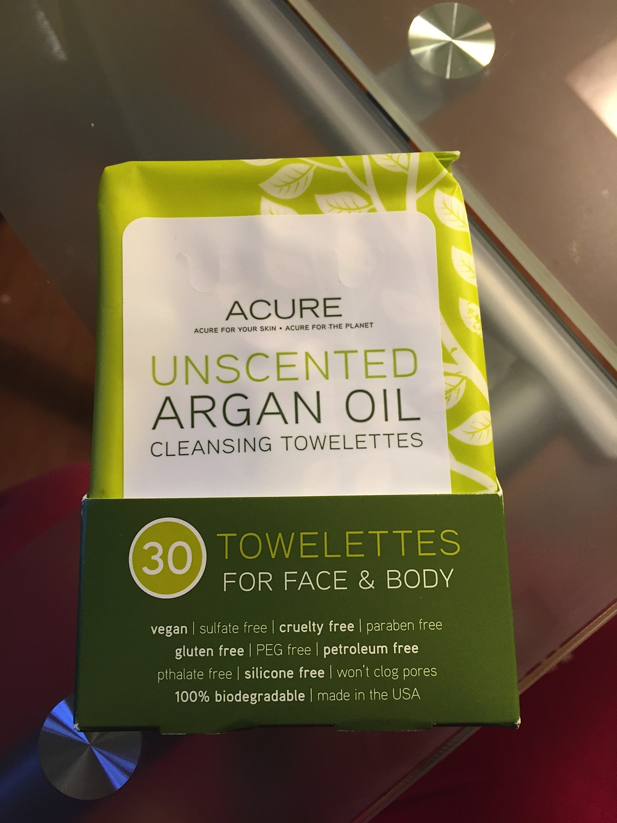 Accure unscented wipes